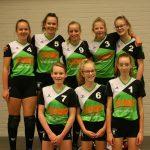 Volleybalvereniging Thriantha teamfoto meisjes C1 seizoen 2017 - 2018