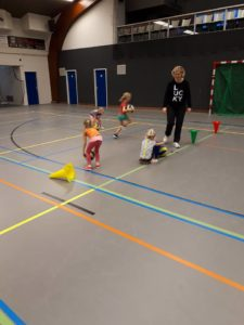 Volleybalvereniging Thriantha - foto van puppy volleybal