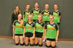 vv Thriantha - teamfoto meisjes A - seizoen 2018-2019