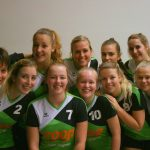 Teamfoto volleybalvereniging Thriantha Dames 1 seizoen 2017 - 2018